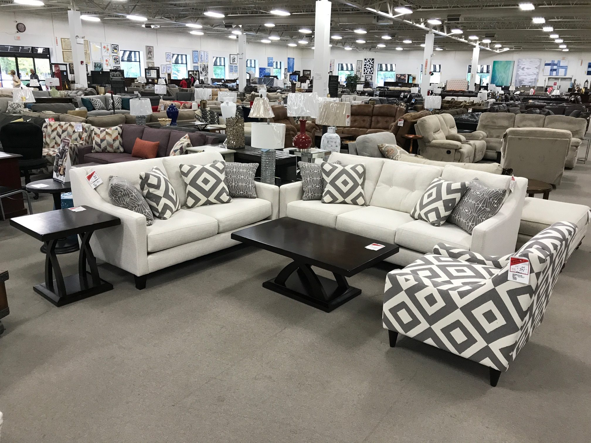 Sugarshack living room set heavner furniture market for Furniture market